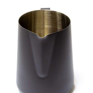 Vrč za mlijeko nehrđajući čelik 600 ml crn